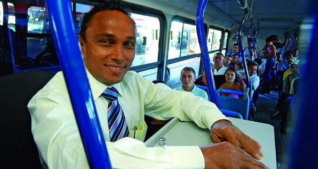 Brazilian Buses: The Pros and Cons of the Cobrador