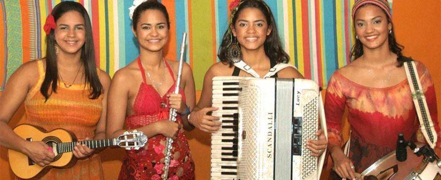 Brazilian Music: The female forró group Clã Brasil